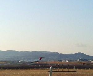 airplane-1.jpg
